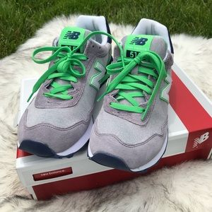 NWT New Balance Sneakers